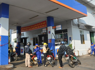 Quỹ bình ổn giá xăng dầu dư 842 tỷ đồng ảnh 1