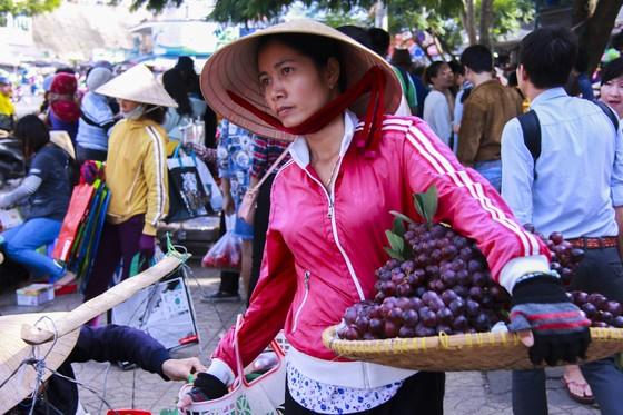 Sắc màu rau quả chợ Đà Lạt ảnh 5