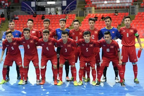 Giải U.20 futsal châu Á 2017: Việt Nam xuất sắc thắng trận đầu tiên ảnh 1