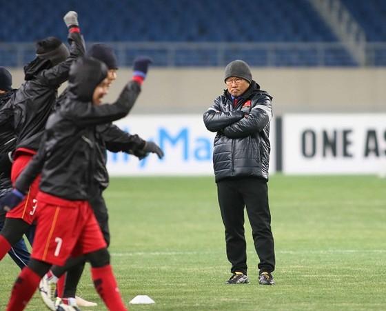 Chờ sự bất ngờ từ thầy trò ông Park Hang-seo ảnh 1