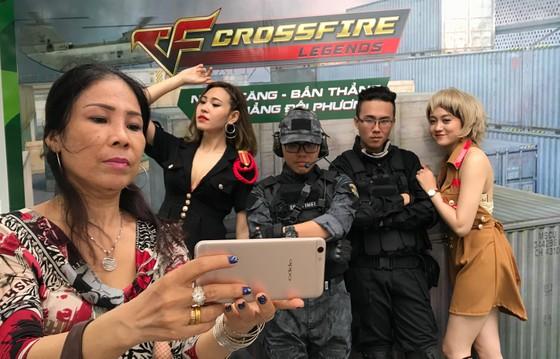 Sôi động Ngày hội phép màu selfie kép F3 ảnh 1