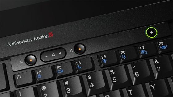 ThinkPad Anniversary Edition 25 là cả một câu chuyện ảnh 2