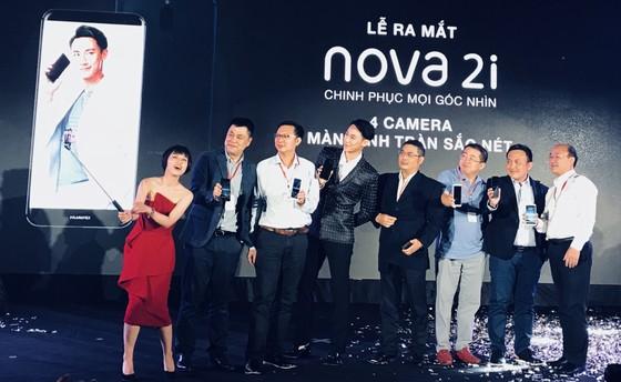 HUAWEI nova 2i ra mắt thị trường Việt Nam với 4 camera ảnh 1