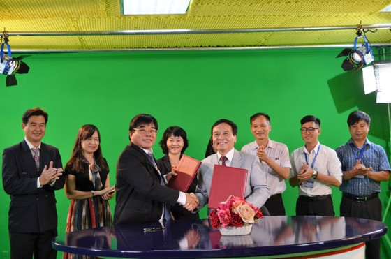 Đại học đầu tiên khánh thành studio và kênh truyền hình  ảnh 2