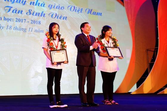 Đại học Nguyễn Tất Thành: 20 tỷ đồng học bổng cho sinh viên  ảnh 2