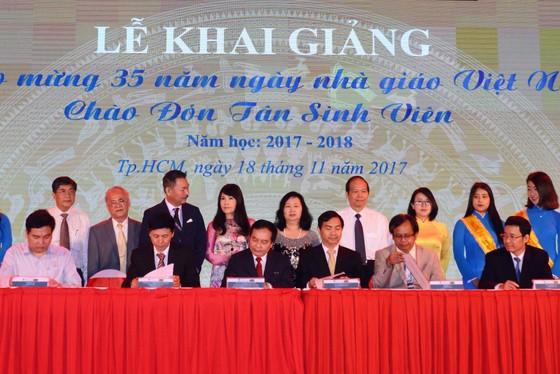 Đại học Nguyễn Tất Thành: 20 tỷ đồng học bổng cho sinh viên  ảnh 4