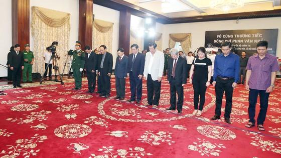 Lễ viếng nguyên Thủ tướng Phan Văn Khải  ảnh 60