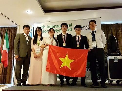 Giành 1 HCV, 2 HCB: Đội tuyển Olympic Sinh học đạt thành tích cao nhất từ trước đến nay ảnh 1