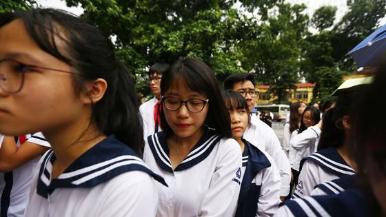 Hôm nay, thầy Văn Như Cương về thăm học trò lần cuối ảnh 10