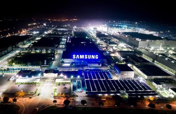 """""""Đột nhập"""" nơi sản xuất điện thoại Galaxy S8/S8 Plus ảnh 1"""