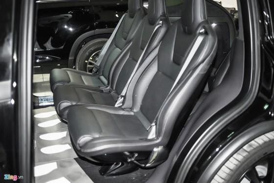 'Sieu SUV dien' Tesla Model X dau tien lan banh tai Ha Noi hinh anh 4