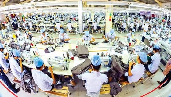Xuất nhập khẩu 2017: Thừa lượng thiếu chất, núp bóng FDI ảnh 1