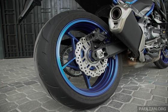 Kawasaki Z900 ABS ban dac biet ra mat tai Malaysia hinh anh 6