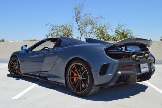 McLaren 675LT Spider do chinh hang co gia ban hon 487.000 USD hinh anh 8
