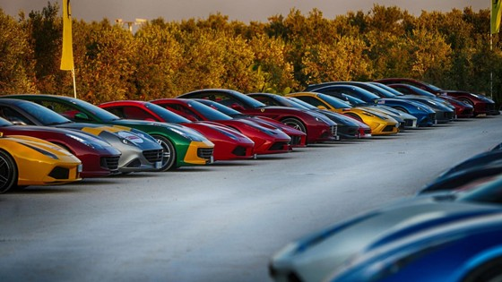 Sieu xe hiem LaFerrari Aperta hoi ngo hon 100 chiec Ferrari hinh anh 3