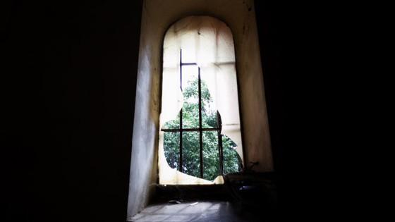Đo đạc để trùng tu nhà thờ Đức Bà Sài Gòn