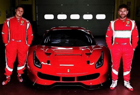 Nhung dac quyen khi so huu Ferrari hinh anh 2