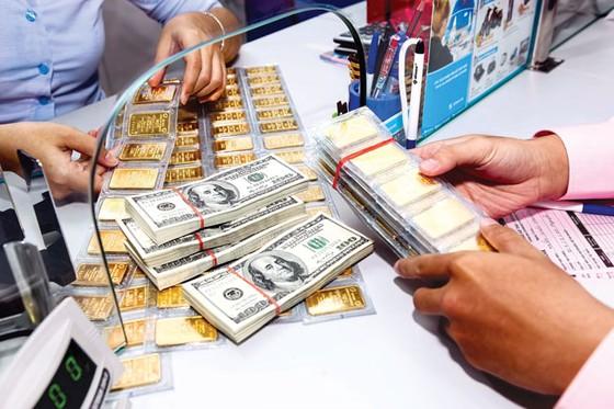 Huy động vàng và USD trong dân: Cần cơ chế mở sàn giao dịch ảnh 1