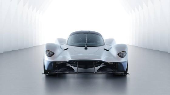 Sieu xe trieu do Aston Martin Valkyrie hoan thien 95% thiet ke hinh anh 2