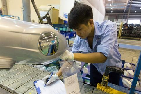 Lắp ráp tại Việt Nam, Vespa GTS mới có cơ hội 'soán ngôi' Honda SH - ảnh 3