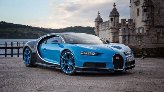 Bugatti Chiron se duoc trang bi dong co dien hinh anh 2