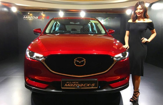 Mazda CX-5 the he moi co gia ban tu 105.000 USD o Singapore hinh anh 2