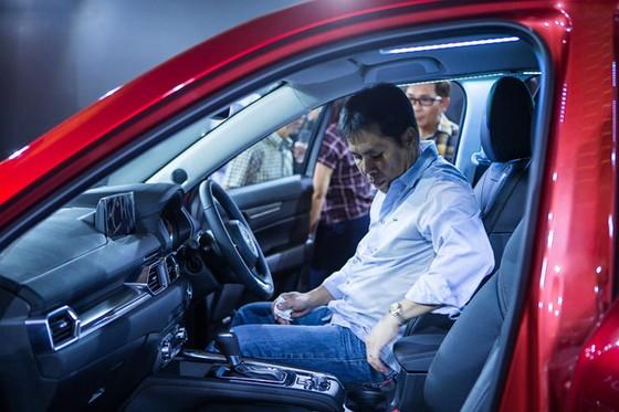 Mazda CX-5 the he moi co gia ban tu 105.000 USD o Singapore hinh anh 6