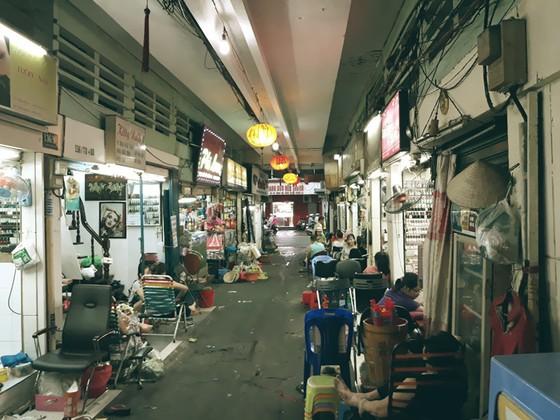 Hẻm Sài Gòn kể chuyện 'đặc sản': Hẻm siêu nhỏ trên đất vàng ở phố Tây - ảnh 2
