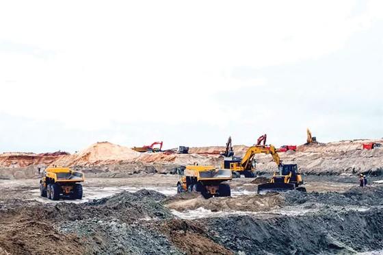 Đề xuất dừng khai thác mỏ sắt Thạch Khê ảnh 1
