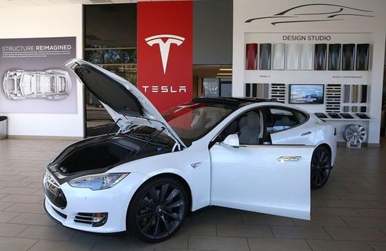 Tesla lam thay doi nen cong nghiep oto hinh anh 1