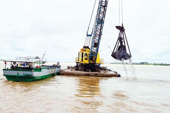 Móc ruột những dòng sông (K1): Vắt kiệt tài nguyên cát ảnh 2