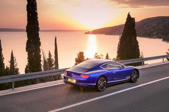 Bentley Continental GT 2018 - Ông hoàng mới của dòng xe grand tourer - Ảnh 14.