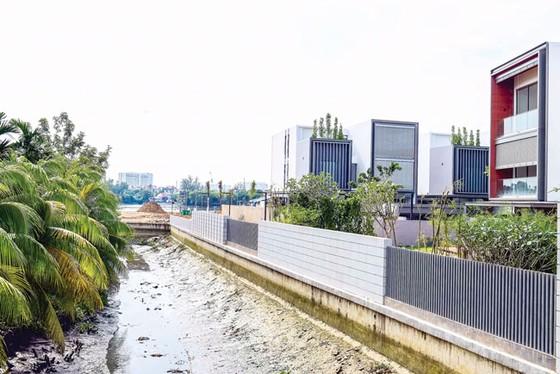 Hành lang sông, kênh rạch đang bị bức tử ảnh 1