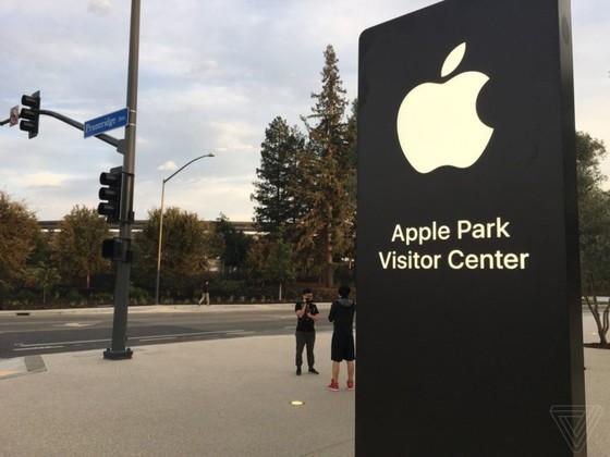 iPhone 8/8 Plus và iPhone X chính thức được ra mắt ảnh 117