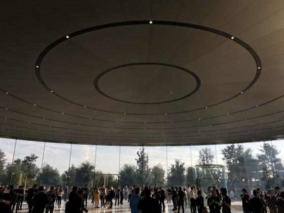 iPhone 8/8 Plus và iPhone X chính thức được ra mắt ảnh 119