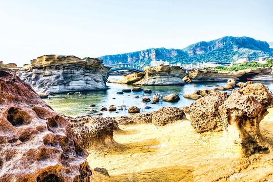 Kiệt tác thiên nhiên công viên địa chất Dã Liễu  ảnh 11