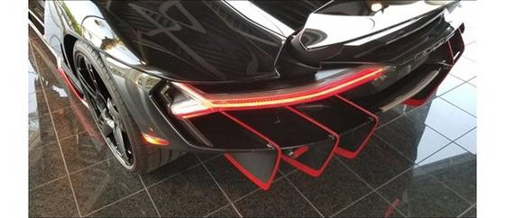 Đây là chiếc Lamborghini Centenario đầu tiên trên thế giới được rao bán - Ảnh 9.