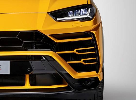 Chính thức ra mắt siêu SUV Lamborghini Urus, giá từ 200.000 USD ảnh 23