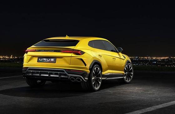Chính thức ra mắt siêu SUV Lamborghini Urus, giá từ 200.000 USD ảnh 3