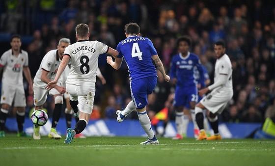 Chelsea hạ Watford 4 - 3: Conte san bằng kỷ lục với Mourinho ảnh 3
