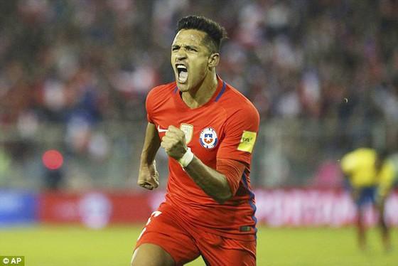 Argentina bị Peru chia điểm, Colombia thua Paraguay ảnh 2