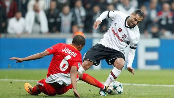 Porto hạ Leipzig, Besiktas chia điểm với Monaco ảnh 1