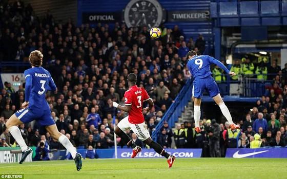 Morata sắm vai người hùng, Chelsea đánh bại Man.United ảnh 1