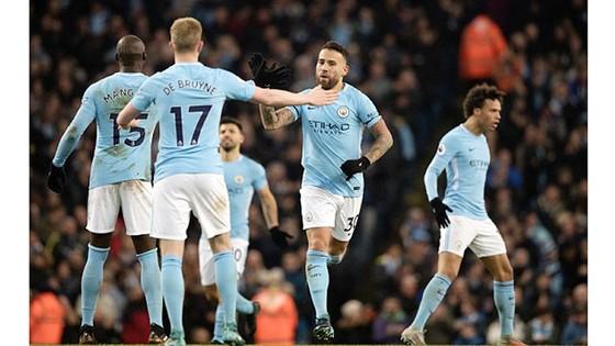 Man.City chật vật thắng West Ham 2 - 1  ảnh 1