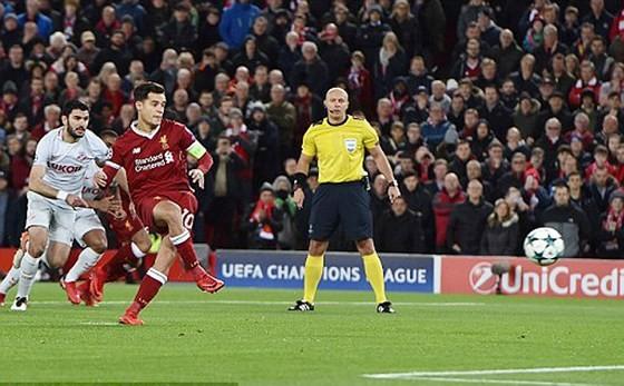 Trực tiếp Champions League: Liverpool, Sevilla, Porto, Donetsk vào vòng 1/8 ảnh 1