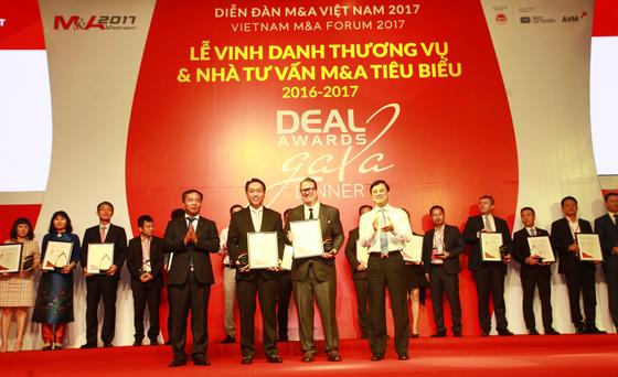 SonKim Land nhận giải thưởng Thương vụ Bất động sản tiêu biểu nhất Việt Nam 2016-2017 ảnh 1