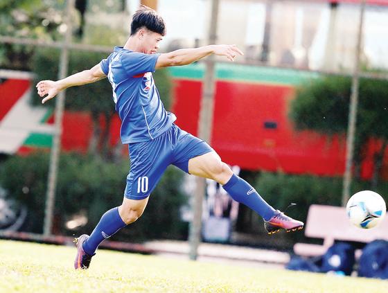 Bóng đá trẻ Việt Nam: Lứa Công Phượng còn thời gian