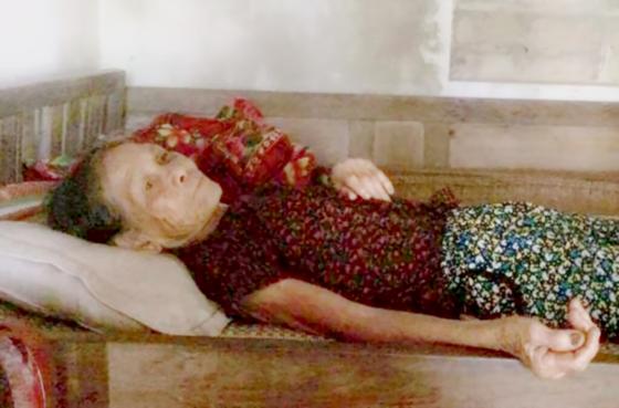 Cả gia đình bệnh tật, nghèo khổ ảnh 1