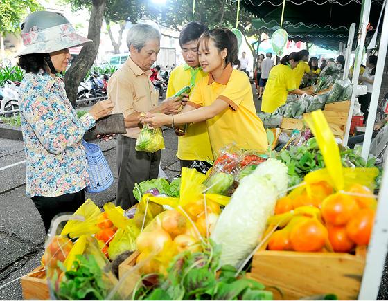 Chuyên nghiệp hóa chợ phiên nông sản an toàn ảnh 1