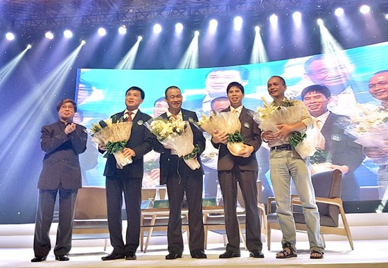 Vietjet vào Top các doanh nghiệp niêm yết hiệu quả nhất Việt Nam ảnh 5
